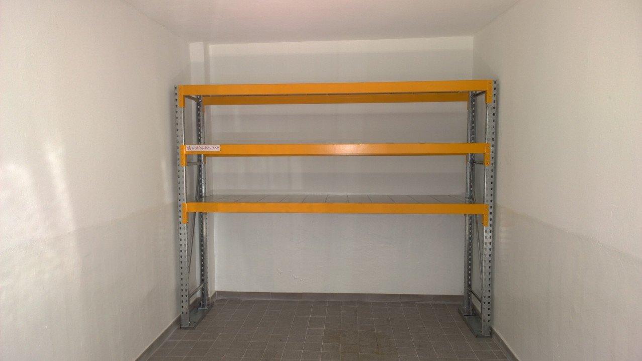 Scaffale box garage scopri dm ignazio caratteristiche for 4 piani di box auto con abitazione