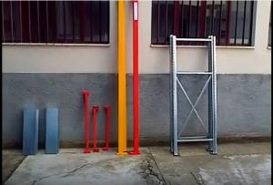 Montare uno scaffale per garage non è mai stato così facile. Mai più buchi nel muro.